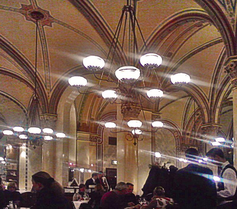 Vienna Cafe Central 01