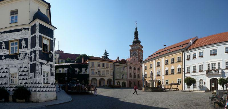 Mikulov main square pano 3